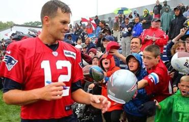 New England Patriots: Patriots and Patriots Nation Stand Firm Behind TB12.