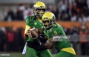 459837228-quarterback-marcus-mariota-of-the-oregon-gettyimages