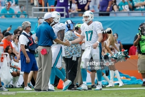 460788462-head-coach-joe-philbin-congratulates-ryan-gettyimages