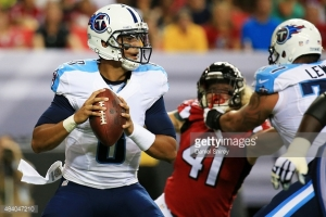 484047210-marcus-mariota-of-the-tennessee-titans-drops-gettyimages