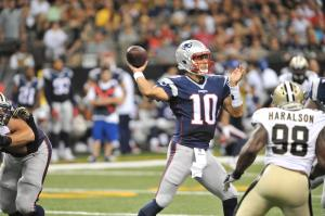 Jimmy Garoppolo leads Pats to comeback win vs The Saint (Photo: Keith Nordstrom/NewEnglandPatriots.Com)