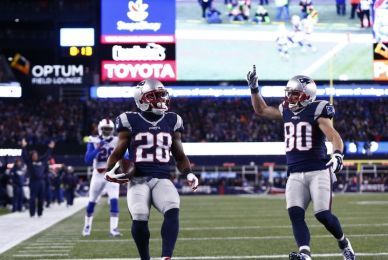 James White had two TDs against the Bills despite limited touches (Photo: Fansided.com)