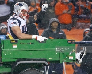 new-england-patriots-patriots-tight-end-rob-gronkowski-pumps-his-fist-picture-id499274152