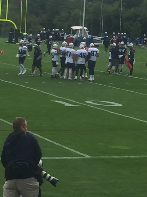 Gronk Hollistr develin.JPG